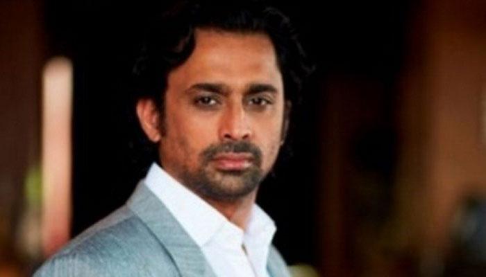 भ्रष्टाचार से जुड़े मामले में टीवी अभिनेता अनुज सक्सेना ने सरेंडर किया
