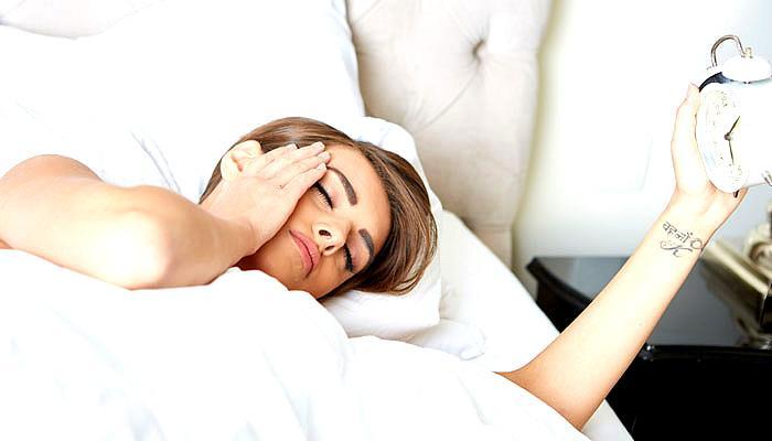 सुबह जल्दी उठने में परेशानी है? ये रहे टिप्स, जल्दी उठने के हैं तमाम फायदे