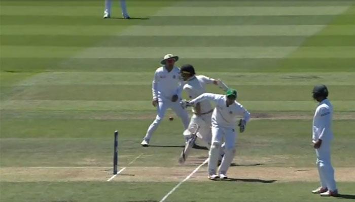 न्यूजीलैंड और बांग्लादेश टेस्ट: क्रीज में पहुंचकर भी बैट्समैन नील वैगनर रन-आउट हो गए! देखें VIDEO