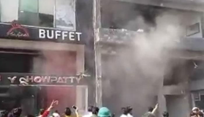 लाहौर शहर के डिफेंस जोन में बम विस्फोट, 8 की मौत, 35 घायल