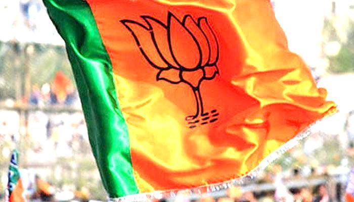 महाराष्ट्र निकाय चुनाव रिजल्ट : BMC में किसी को बहुमत नहीं, शिवसेना सबसे आगे; बाकी निगमों में बीजेपी का बेहतर प्रदर्शन