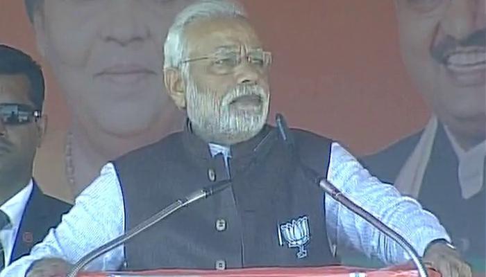 प्रधानमंत्री मोदी ने पाकिस्तान पर साधा निशाना, कहा- सीमा पार बैठे हैं कानपुर रेल दुर्घटना के षड्यंत्रकारी
