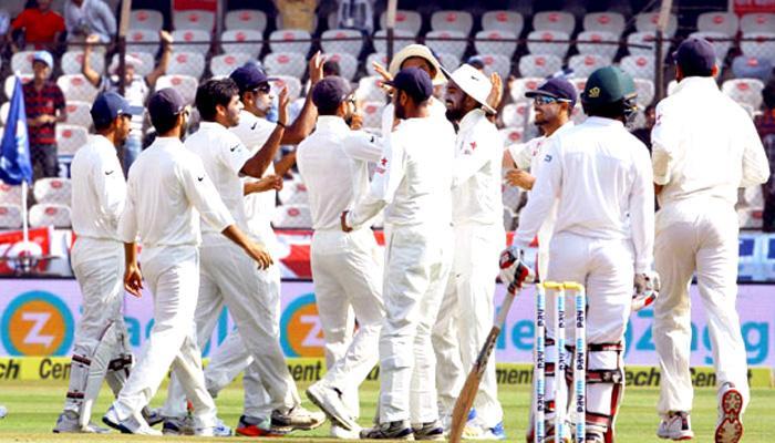 IND vs AUS LIVE : पुणे टेस्ट के तीसरे दिन आस्ट्रेलिया ने दूसरी पारी में 285 रन बनाए, भारत को 441 रनों का लक्ष्य