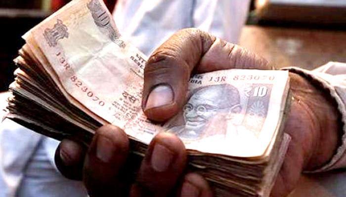 देश में जल्द ही आएगा प्लास्टिक का नोट, पुराने नोट से होगा अलग !