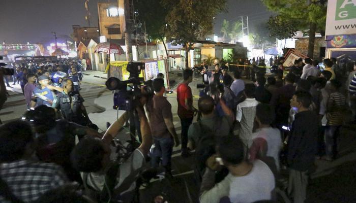 बांग्लादेश: इमारत में ISIS के तीन बम धमाके, 6 की मौत, 50 से ज़्यादा जख्मी
