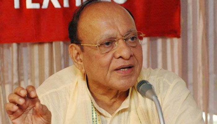 विवादों में घिरे वाघेला ने राहुल गांधी से की मुलाकात