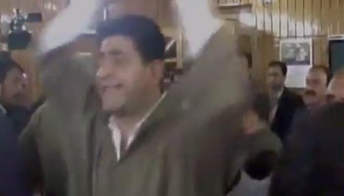कांग्रेस और NC के नेताओं ने लगाए 'भारतीय लोकतंत्र मुर्दाबाद' के नारे, VIDEO