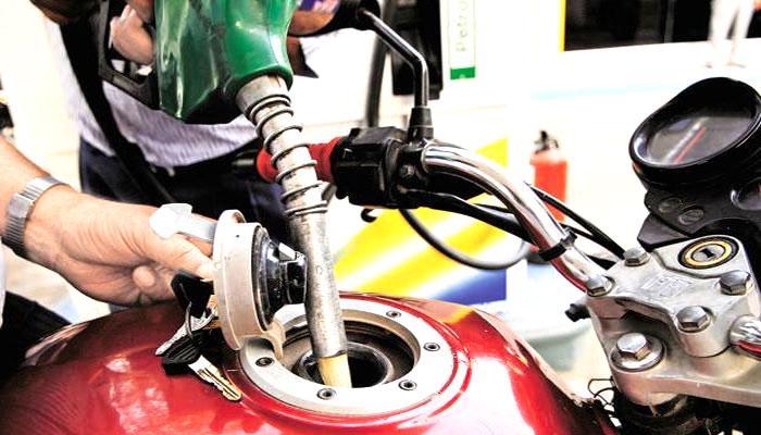 पेट्रोल 1.39 रूपया तो डीजल 1.04 रूपया प्रति लीटर हुआ महंगा