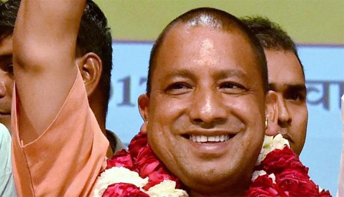 'योगी ने साबित किया अफसरों की जवाबदेही किसी पार्टी या नेता के लिए नहीं है बल्कि जनता के लिए'