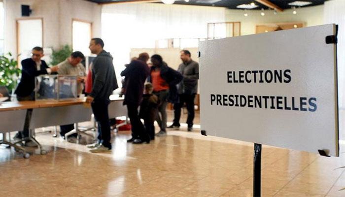 फ्रांस में राष्ट्रपति पद के लिए हुई वोटिंग, दावेदारों में कांटे की टक्कर
