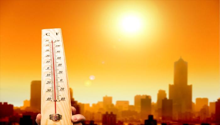 चिलचिलाती गर्मी से झुलस रहा है देश, आंध्र के ओंगोल में तापमान 45 के पार