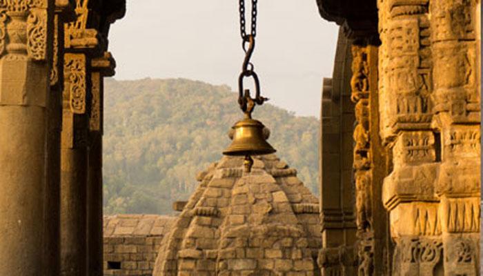 पाकिस्तान: हिंदुओं को 20 साल बाद मिली शिव मंदिर में पूजा-अर्चना की इजाज़त