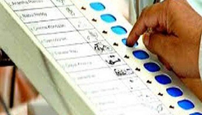 MCD Poll: केजरीवाल पर भाजपा ने साधा निशाना, कहा-  नतीजे कुछ भी हों, ईवीएम को दोष नहीं देंगे