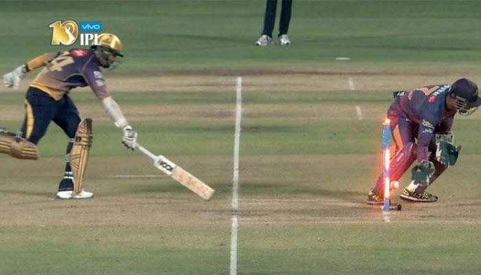 IPL-10: धोनी का विकेट के पीछे अद्भुत करिश्मा! विकेटकीपर या जादूगर!