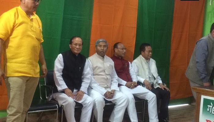 मणिपुर में कांग्रेस को झटका, 4 विधायक बीजेपी में हुए शामिल