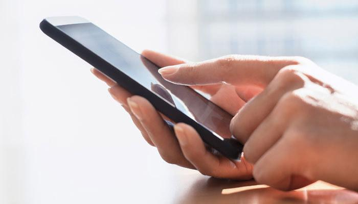 अब 1500 रु. में मिलेगा 4G फीचर का फोन, जानिए कैसे