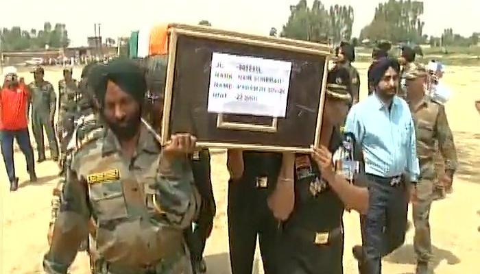 शहीदों के शव से बर्बरता पर भारतीय DGMO ने पाकिस्तानी समकक्ष से जताया कड़ा विरोध