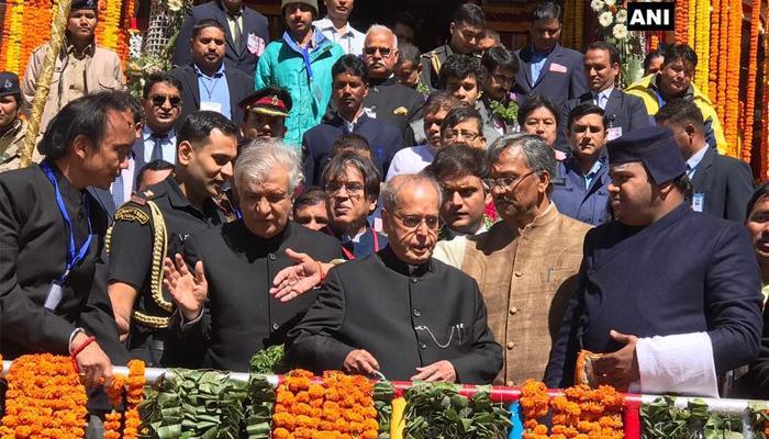 बद्रीनाथ मंदिर के खुले कपाट, राष्ट्रपति ने की पूजा-अर्चना