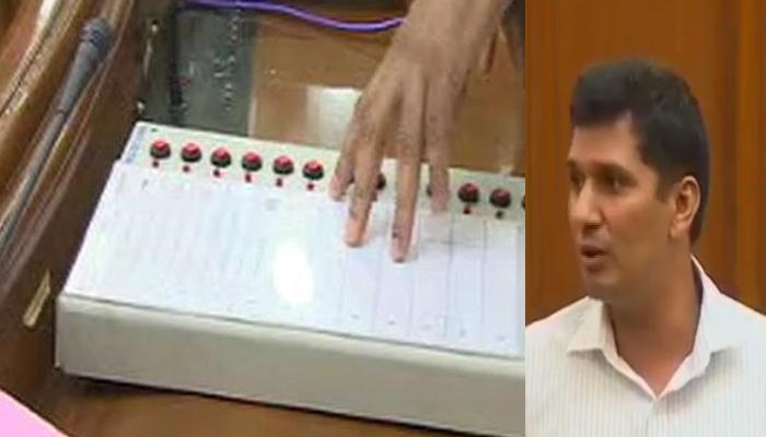 दिल्ली विधानसभा में AAP विधायक सौरभ भारद्वाज ने  दिया 'EVM में गड़बड़ी' का डेमो