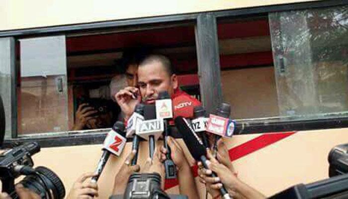 दिल्ली पुलिस की हिरासत में 'आप' विधायक संजीव झा, 'शांति भंग' करने का आरोप