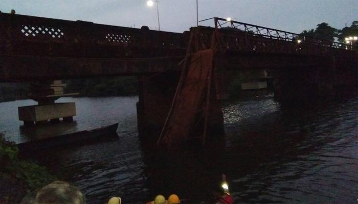 गोवाः नदी पर बना पुल ढहने से दो की मौत, 30 लापता, रेस्क्यू ऑपरेशन जारी
