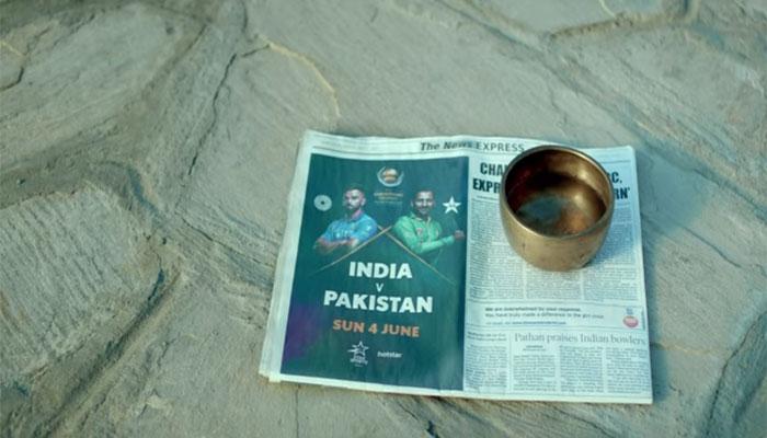 कुछ ऐसा है भारत-पाकिस्तान मैच का जुनून, मोह-माया त्याग चुका ये शख्स लौट आया वापस Watch VIDEO