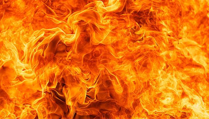 बिहार: पटना के जीवी मॉल में लगी आग, करोड़ों की संपत्ति के नुकसान की आशंका