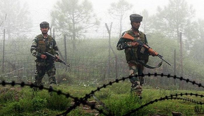 कश्मीर में घुसपैठ की कोशिश नाकाम: 36 घंटे तक चली मुठभेड़ में 4 आतंकी ढेर, 3 जवान शहीद