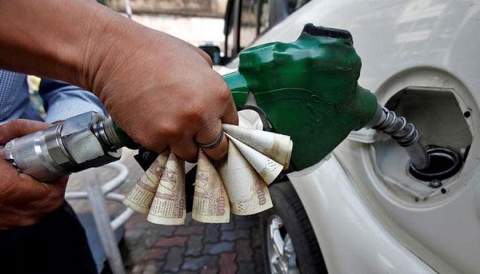 पेट्रोलियम पदार्थों को जीएसटी के दायरे में लाने की मांग ने पकड़ा ज़ोर