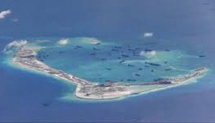 दक्षिण चीन सागर में चीनी दावे वाले टापू के पास पहुंचा अमेरिकी पोत, चीन ने की निंदा