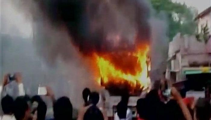 बिहारः नालंदा में बस में अचानक आग लगी, 8 की मौत