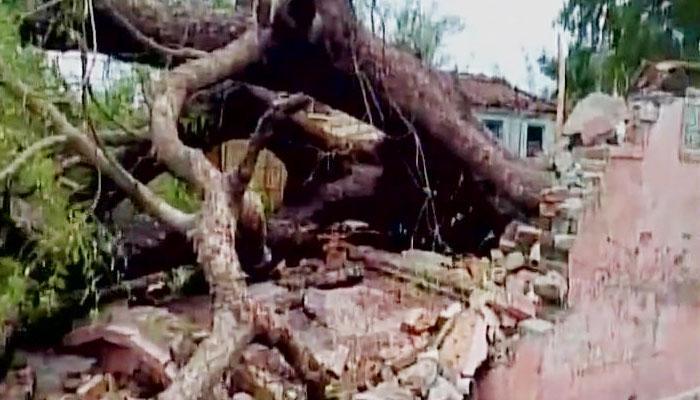 बिहार में आंधी-तूफान का कहर: बिजली की चपेट में आने से 23 लोगों की मौत