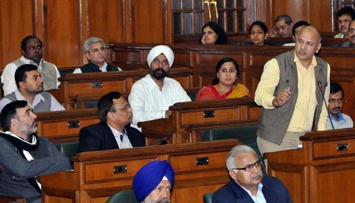 दिल्ली विधानसभा ने पारित किया जीएसटी बिल, केजरीवाल ने टैक्स सीमा 10% तक करने को कहा