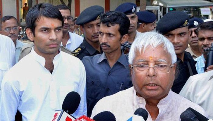 बिहार: लालू के बेटे तेजप्रताप को भारत पेट्रोलियम का नोटिस, छीनी जा सकती है पेट्रोल पंप की डीलरशिप