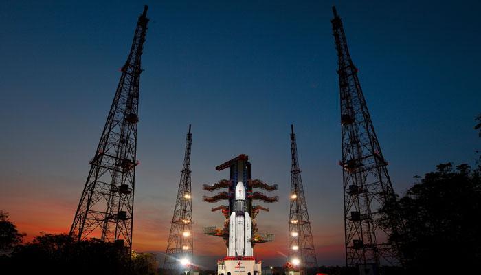 इसरो अंतरिक्ष में एक और नई कामयाबी की उड़ान के लिए तैयार, सबसे भारी रॉकेट से छोड़ेगा जीसैट-19 संचार उपग्रह