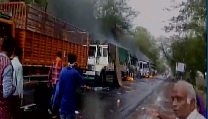 किसान आंदोलन: एमपी में बंद के दौरान लूटपाट, आगजनी, सड़क-रेलमार्ग प्रभावित