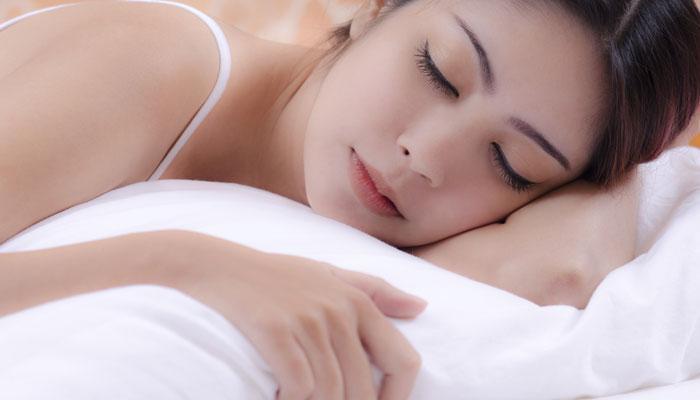 स्वस्थ रहने के लिए जरूरी है पूरी नींद लेना