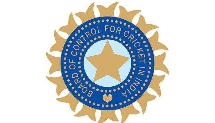 सीआईसी का PMO से सवाल, ब्रिटिश काल के लोगो का इस्तेमाल क्यों करती है टीम इंडिया?