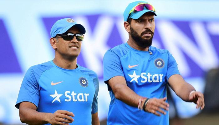 धोनी और युवराज पर फ़ैसला ले टीम इंडिया, अश्विन-जडेजा पर भी सोचने का समय: राहुल द्रविड़