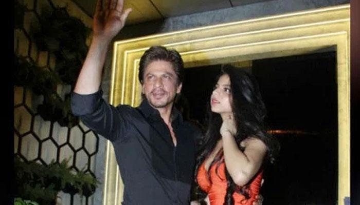 ...जब सुहाना की ड्रेस के आगे शाहरुख को भूल बैठे लोग!