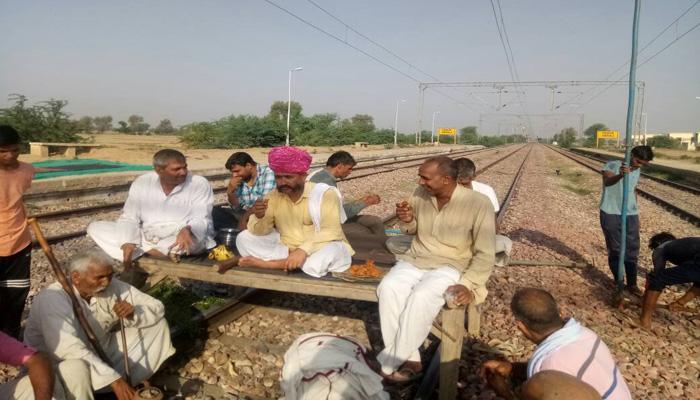 राजस्थान के भरतपुर में जाट आंदोलन के कारण रेल, सड़क यातायात प्रभावित
