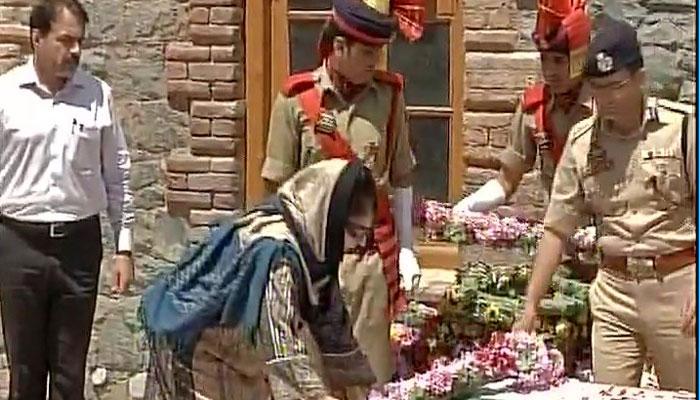 श्रीनगर: डीएसपी हत्या मामले में तीन और गिरफ्तार, SP का तबादला, SIT करेगी जांच
