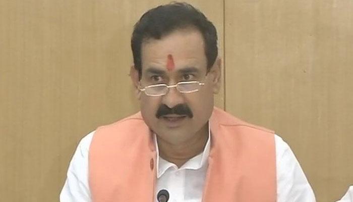 मध्य प्रदेश: पेड न्यूज़ मामले में मंत्री नरोत्तम मिश्रा को EC ने अयोग्य करार दिया, कांग्रेस ने मांगा इस्तीफा