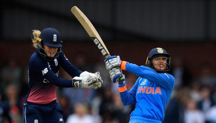महिला क्रिकेट विश्व कप 2017: स्मृति, मिताली की मदद से भारत ने इंग्लैंड को 35 रन से हराया