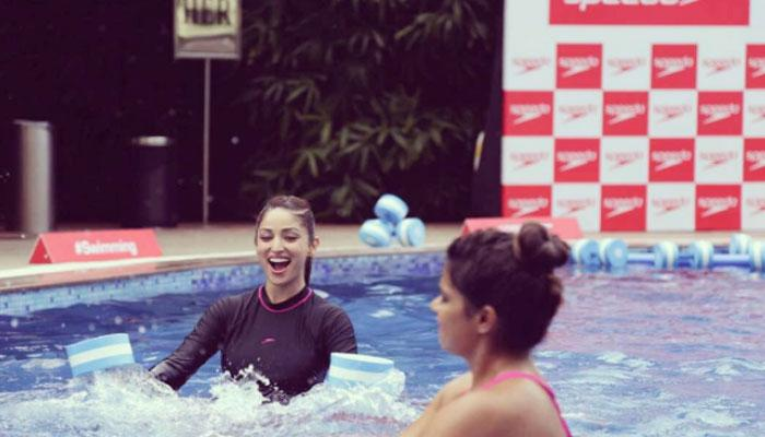 VIDEO : यामी गौतम ने स्विमिंग पूल को बनाया जिम, पानी में की एक्सरसाइज