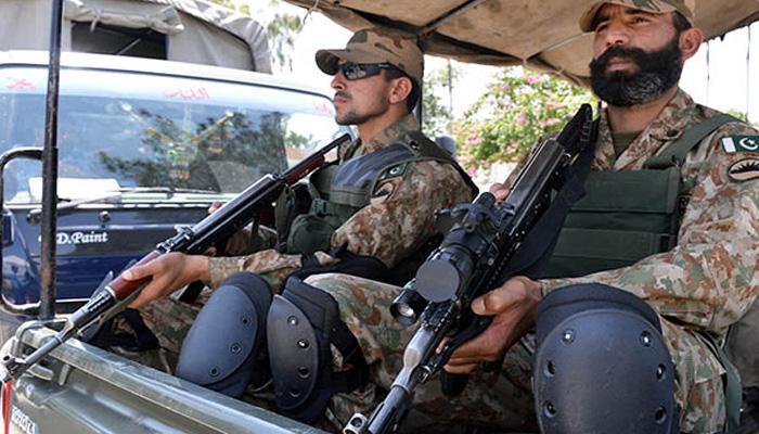 पाकिस्तान ने चीनी कर्मियों की सुरक्षा के लिए तैनात की 15000 जवान