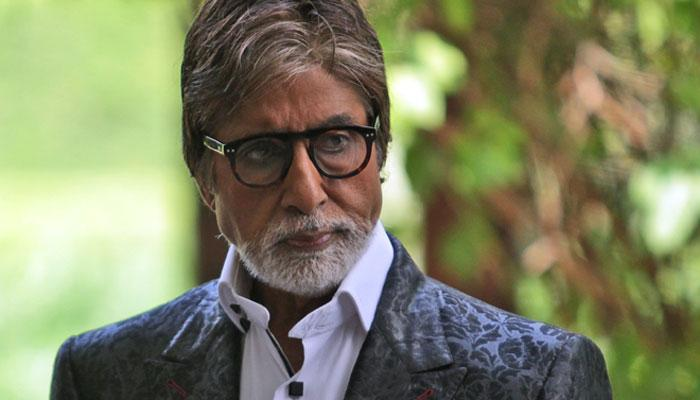 फेसबुक से नाराज हुए अमिताभ बच्चन, टि्वटर पर कहा- हेलो फेसबुक जागो