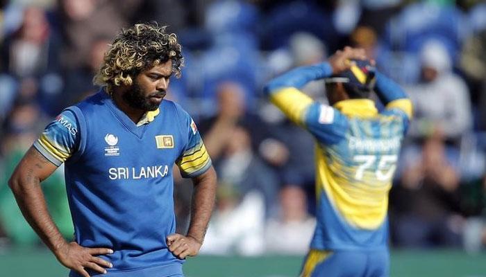 श्रीलंकाई गेंदबाज़ लसिथ मलिंगा पर 6 माह का बैन, मैच फीस का 50% जुर्माना भी लगा
