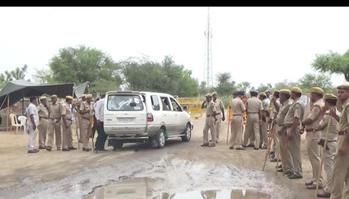 आनंदपाल एनकाउंटर : नागौर में भारी तनाव, एक की मौत, 20 पुलिसकर्मी घायल, कर्फ्यू लगाया