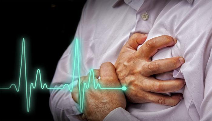 रिसर्च में खुलासा, काम के घंटे लंबे होने से दिल के दौरे का खतरा